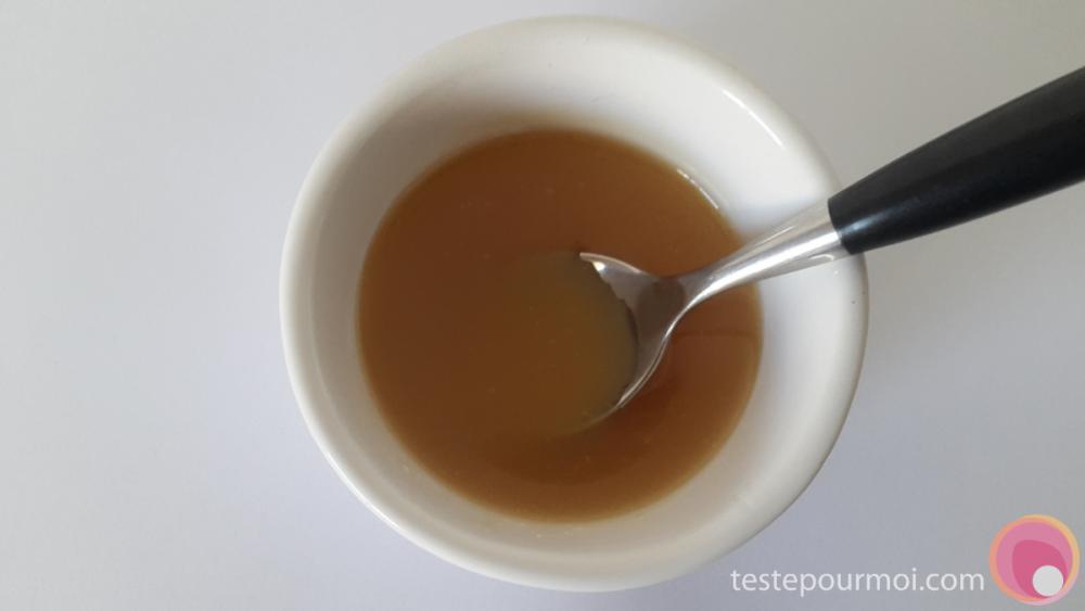 recette-masque-beaute-hydratant-miel-lai
