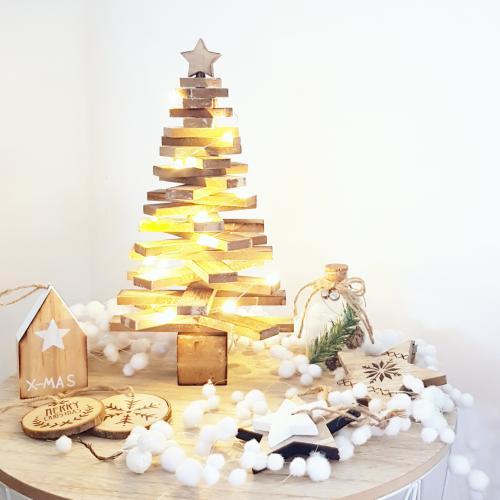 Ma décoration de Noël : du bois, blanc et argent