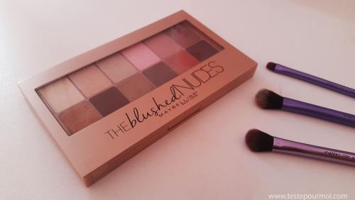 The Blushed Nudes Palette : swatches and review